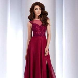 Authentic NEW Clarisse 2532 Plum Prom Gown